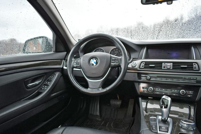 2015 BMW 528i xDrive Naugatuck, Connecticut 14