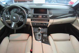 2015 BMW 528i xDrive W/ NAVIGATION SYSTEM/ BACK UP CAM Chicago, Illinois 28