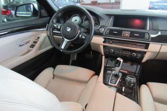 2015 BMW 528i xDrive W/ NAVIGATION SYSTEM/ BACK UP CAM Chicago, Illinois 29