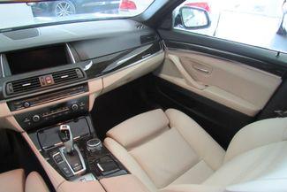 2015 BMW 528i xDrive W/ NAVIGATION SYSTEM/ BACK UP CAM Chicago, Illinois 30