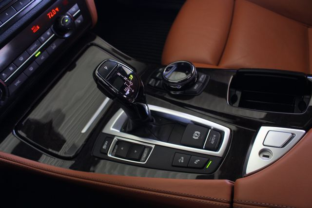 2015 BMW 550i xDrive AWD - M SPORT & EXECUTIVE PKGS! Mooresville , NC 45
