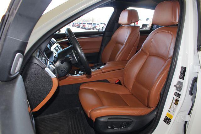2015 BMW 550i xDrive AWD - M SPORT & EXECUTIVE PKGS! Mooresville , NC 9