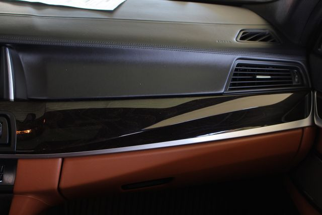 2015 BMW 550i xDrive AWD - M SPORT & EXECUTIVE PKGS! Mooresville , NC 8