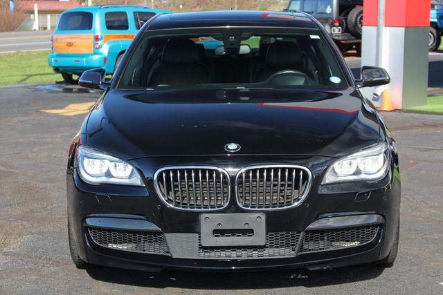 2015 BMW 750Li xDrive AWD - M SPORT EDITION - BRAND NEW TIRES! Mooresville , NC 19