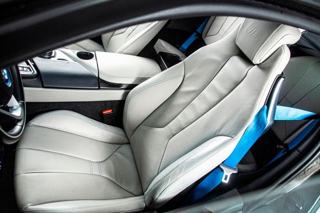 2015 BMW i8 Pure Impulse World in Addison, TX 75001