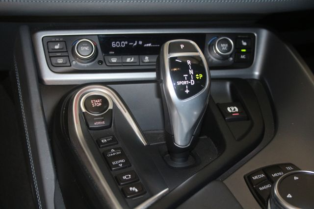 2015 BMW i8 Houston, Texas 26