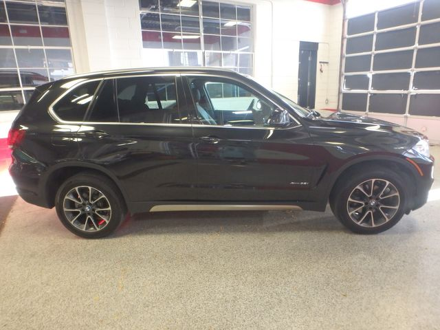 2015 Bmw X5 3rd Row, Large ROOF, HEATED STEERING, HEADS UP DISPLAY, Saint Louis Park, MN 1