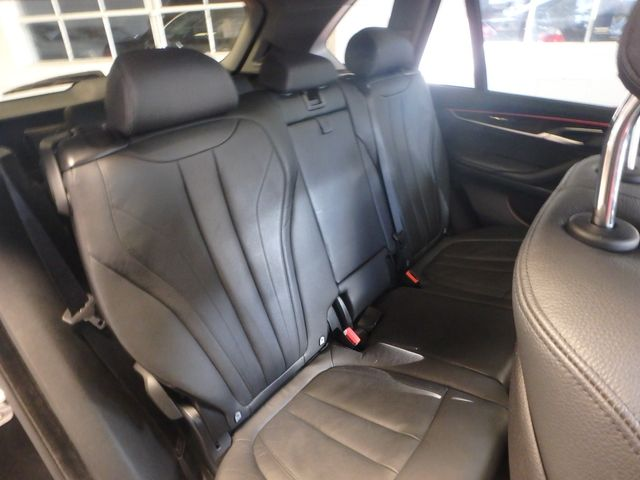 2015 Bmw X5 3rd Row, Large ROOF, HEATED STEERING, HEADS UP DISPLAY, Saint Louis Park, MN 7