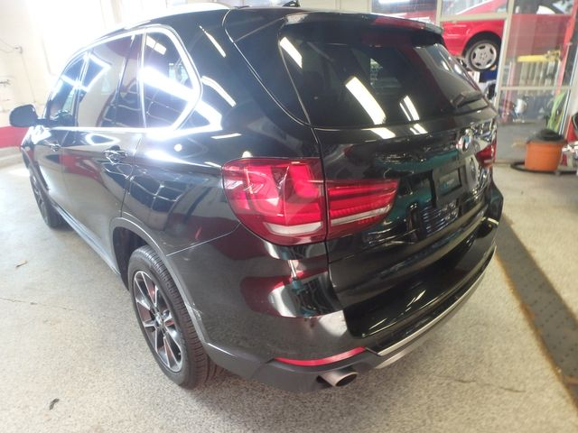 2015 Bmw X5 3rd Row, Large ROOF, HEATED STEERING, HEADS UP DISPLAY, Saint Louis Park, MN 11