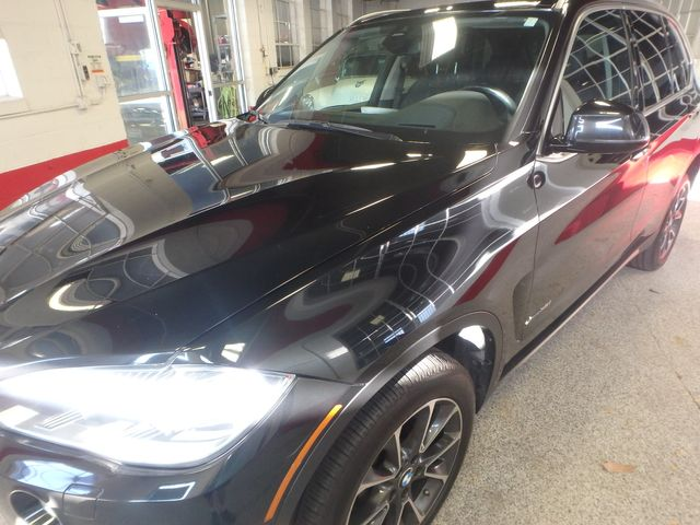 2015 Bmw X5 3rd Row, Large ROOF, HEATED STEERING, HEADS UP DISPLAY, Saint Louis Park, MN 41