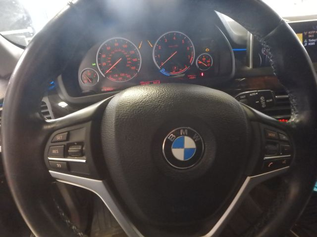 2015 Bmw X5 X-Drive, Very TIGHT AND BEAUTIFULLY CLEAN!~ Saint Louis Park, MN 17
