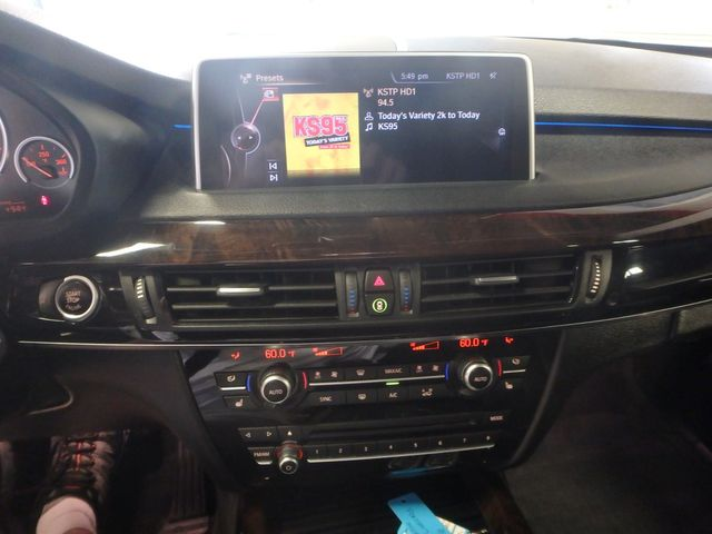 2015 Bmw X5 X-Drive, Very TIGHT AND BEAUTIFULLY CLEAN!~ Saint Louis Park, MN 18