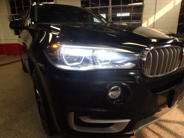 2015 Bmw X5 X-Drive, Very TIGHT AND BEAUTIFULLY CLEAN!~ Saint Louis Park, MN 33