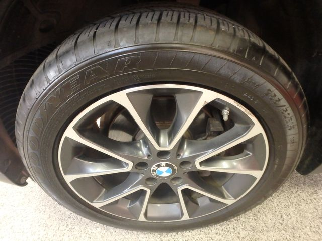 2015 Bmw X5 X-Drive, Very TIGHT AND BEAUTIFULLY CLEAN!~ Saint Louis Park, MN 36