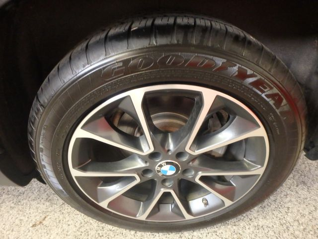 2015 Bmw X5 X-Drive, Very TIGHT AND BEAUTIFULLY CLEAN!~ Saint Louis Park, MN 37