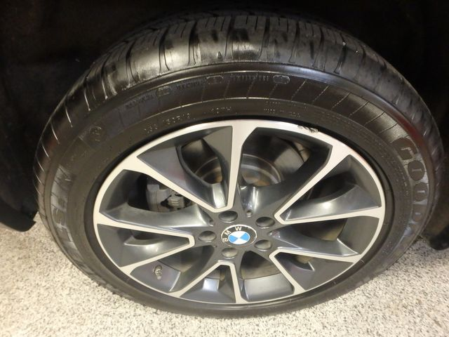 2015 Bmw X5 X-Drive, Very TIGHT AND BEAUTIFULLY CLEAN!~ Saint Louis Park, MN 38