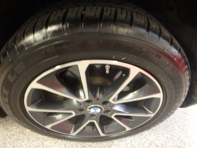 2015 Bmw X5 X-Drive, Very TIGHT AND BEAUTIFULLY CLEAN!~ Saint Louis Park, MN 39