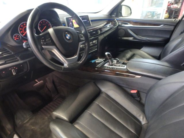 2015 Bmw X5 X-Drive, Very TIGHT AND BEAUTIFULLY CLEAN!~ Saint Louis Park, MN 2