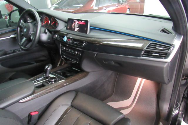 2015 BMW X5 xDrive50i W/ NAVIGATION SYSTEM/ BACK UP CAM Chicago, Illinois 18