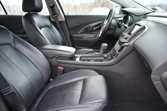 2015 Buick LaCrosse Leather Naugatuck, Connecticut 9