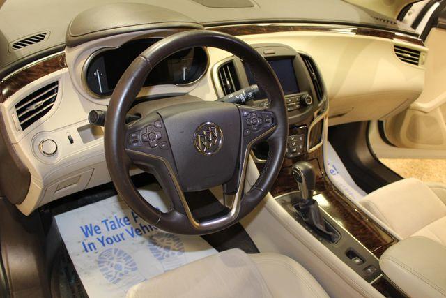 2015 Buick LaCrosse Base in Roscoe, IL 61073
