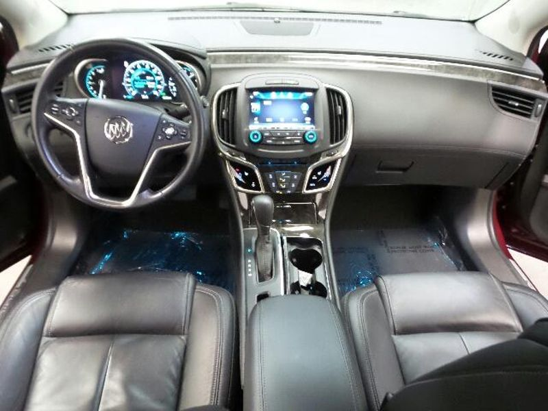 2015 Buick LaCrosse Leather  in Victoria, MN