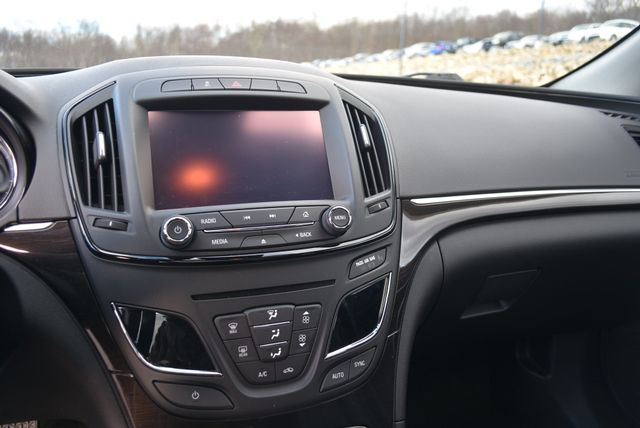 2015 Buick Regal Naugatuck, Connecticut 22