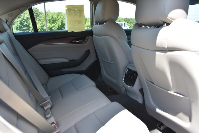 2015 Cadillac CTS Sedan AWD Naugatuck, Connecticut 10