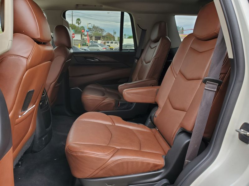 2015 Cadillac Escalade Luxury  Brownsville TX  English Motors  in Brownsville, TX