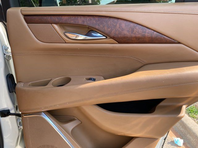 2015 Cadillac Escalade Platinum in Carrollton, TX 75006