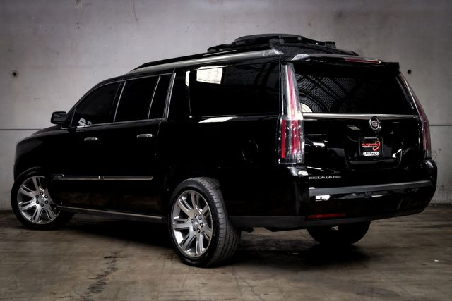 2015 Cadillac Escalade ESV Premium CUSTOM Executive Rear Seat in Addison, TX 75001