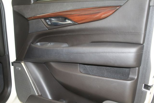 2015 Cadillac Escalade ESV Luxury Houston, Texas 26