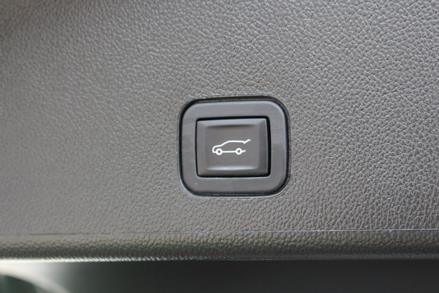 2015 Cadillac SRX Luxury Collection FWD - DRIVER AWARENESS PKG! Mooresville , NC 42