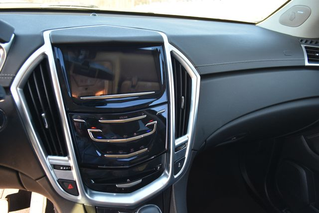 2015 Cadillac SRX Naugatuck, Connecticut 19