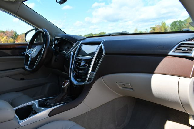 2015 Cadillac SRX Luxury Collection Naugatuck, Connecticut 8
