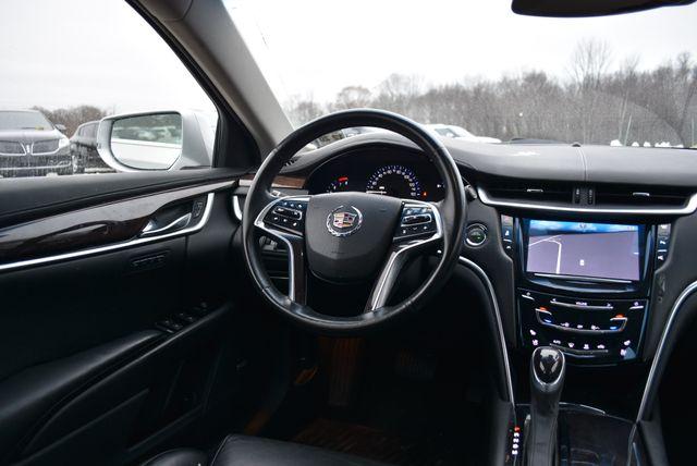 2015 Cadillac XTS Luxury Naugatuck, Connecticut 9