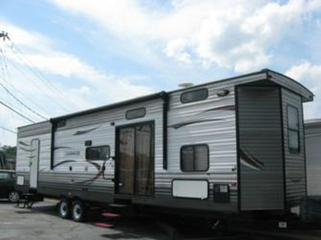 2015 Cherokee ACT39P TRAVEL TRAILER