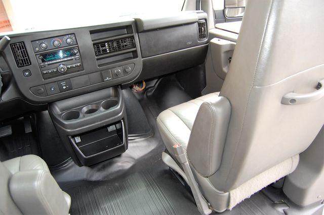 2015 Chevrolet 12 Pass. LS Charlotte, North Carolina 15