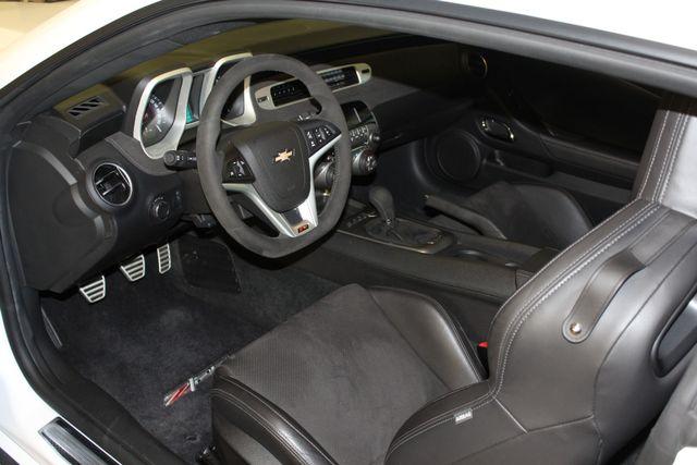 2015 Chevrolet Camaro Z/28 Austin , Texas 11