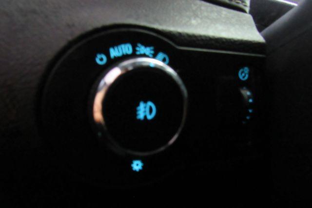 2015 Chevrolet Camaro LT W/ NAVIGATION SYSTEM/ BACK UP CAM Chicago, Illinois 16