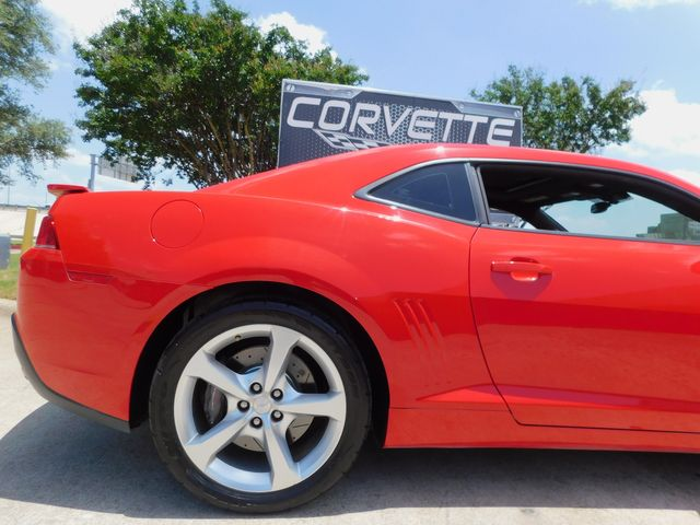 2015 Chevrolet Camaro SS Coupe Auto, CD Player, Sunroof, Alloys Only 35k in Dallas, Texas 75220