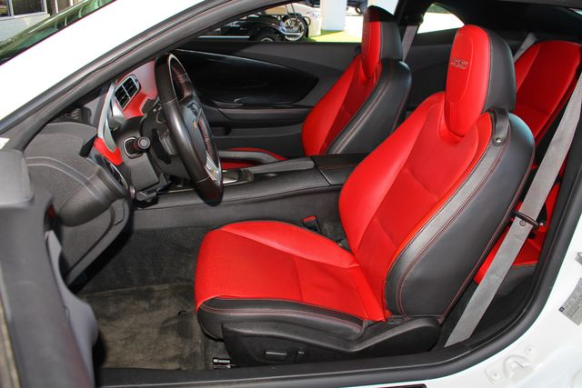 2015 Chevrolet Camaro SS/2SS RS COMMEMORATIVE SPECIAL EDITION- NAV- ROOF Mooresville , NC 9