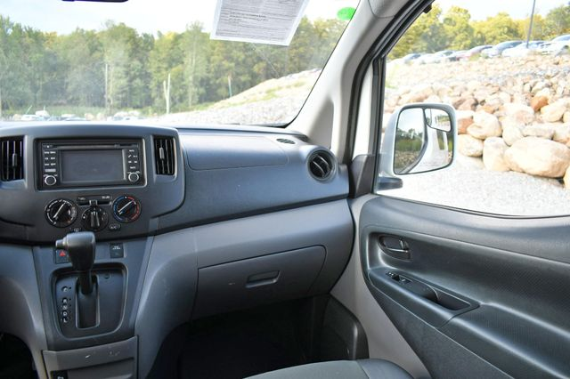 2015 Chevrolet City Express Cargo Van LT Naugatuck, Connecticut 15