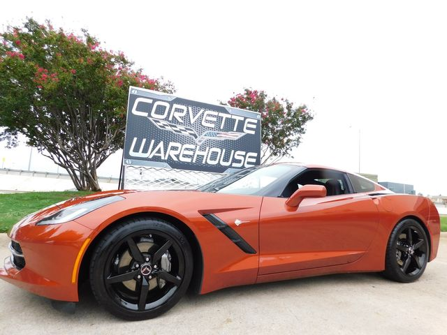 2015 Chevrolet Corvette Coupe 2LT, 7-Speed, Mylink, Black Alloys Only 11k