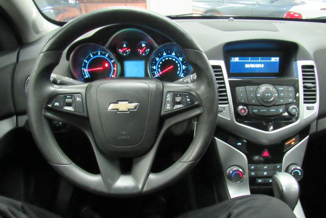 2015 Chevrolet Cruze LT Chicago, Illinois 16