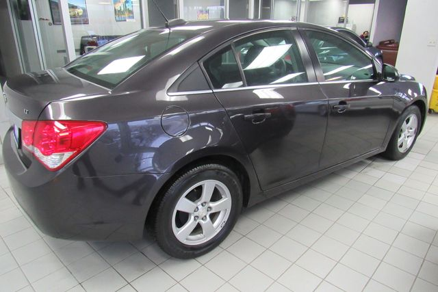 2015 Chevrolet Cruze LT Chicago, Illinois 4
