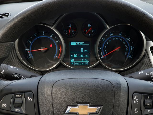 2015 Chevrolet Cruze LT w/MYLINK in Louisville, TN 37777