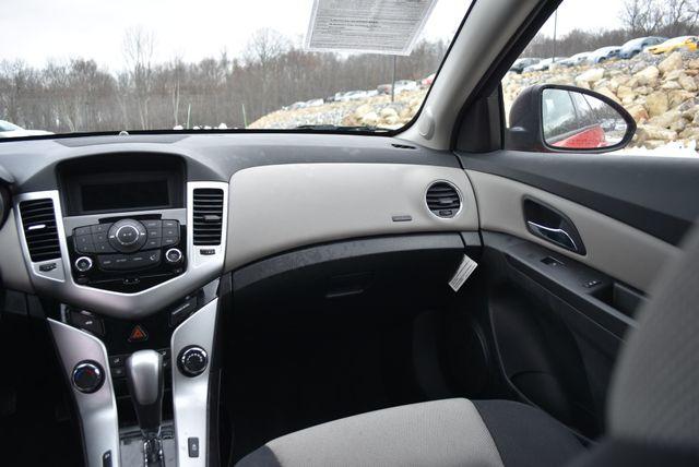 2015 Chevrolet Cruze LS Naugatuck, Connecticut 14