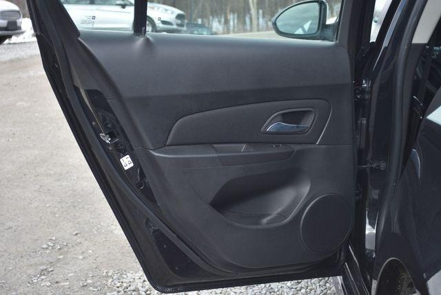 2015 Chevrolet Cruze LT Naugatuck, Connecticut 12