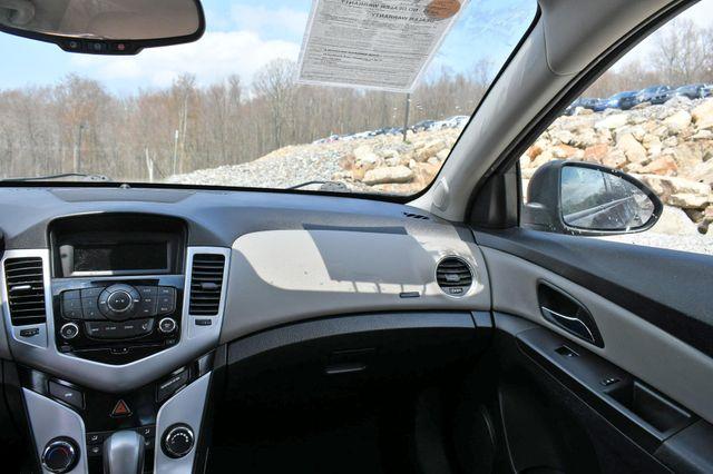 2015 Chevrolet Cruze LS Naugatuck, Connecticut 12